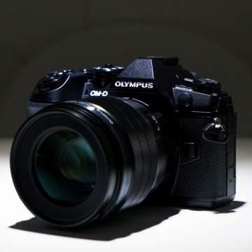 11 Fitur Unggulan Kamera Mirroless Olympus OM-D E-M1 Mark II
