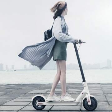 Xiaomi Luncurkan Scooter Elektrik yang Mampu Berlari Kencang