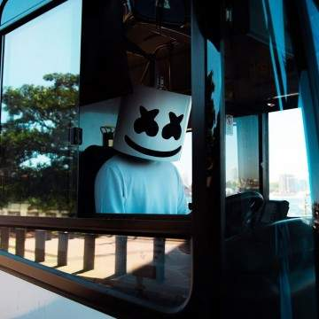 "Lagi Tren, Para DJ Kondang ini Bikin Remix ""Om Telolet Om"""