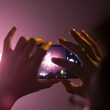 Daftar 40 Aplikasi Kamera untuk Memotret Kembang Api Saat Perayaan Tahun Baru