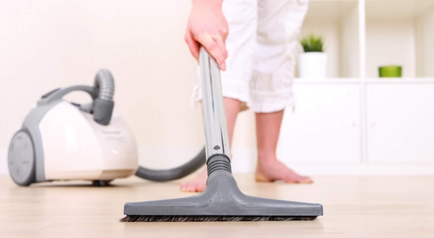 Daftar Harga Vacuum Cleaner Murah Terbaru November 2018 Pricebook Sharp Wet And Dry Ec Cw60 5 Kebiasan Buruk Yang Membuat Cepat Rusak
