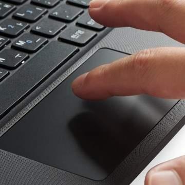 Touchpad Laptop: Fungsi, Kerusakan dan Cara Perbaikinya