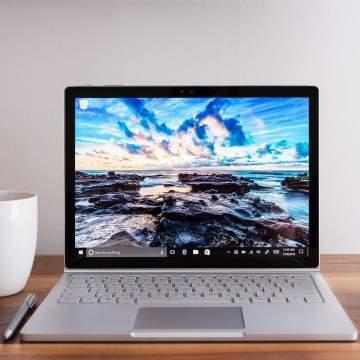 Microsoft Umumkan Surface Book 2 Layar 13 dan 15 inci