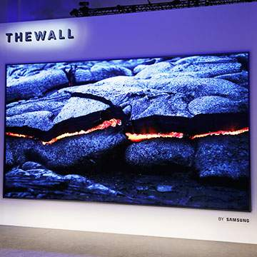 Samsung The Wall, TV Layar Lebar 146 Inci Berteknologi MicroLED