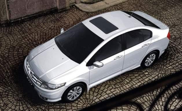 8 Mobil Dengan Panoramic Sunroof Di Indonesia Mana