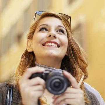 5 Pilihan Kamera Traveling Terbaik 2018, Ramping dan Tangguh di Segala Medan
