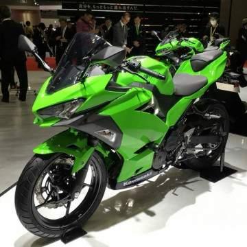 Inilah Harga dan Spesifikasi Kawasaki Ninja 250 2018