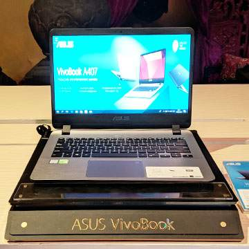 ASUS Vivobook A407, Laptop Core i3 Bersensor Fingerprint