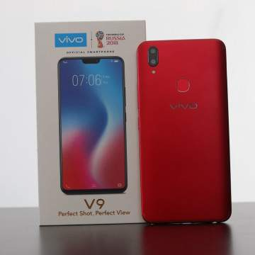 Review Vivo V9 True Red: Si Merah yang Jago Selfie
