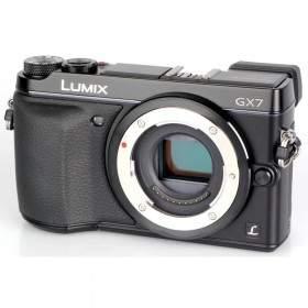 Mirrorless Panasonic Lumix DMC-GX7 Body