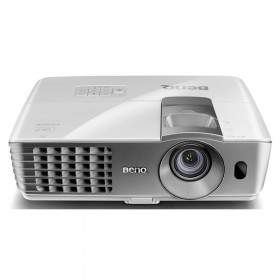 Proyektor / Projector Benq W1070