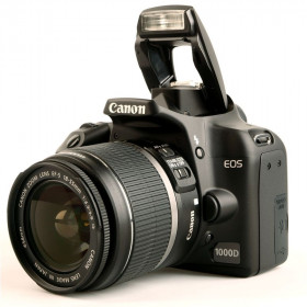 DSLR Canon EOS 1000D Kit 18-55mm