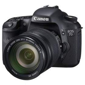 DSLR Canon EOS 700D Kit EF 18-200mm