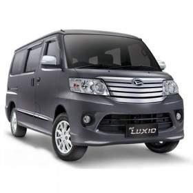 Mobil Daihatsu Luxio 1.5 X A / T