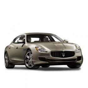Mobil Maserati Quattroporte GTS V8