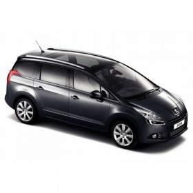 Mobil Peugeot 5008 7 Seats