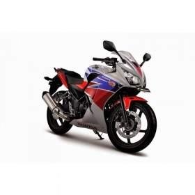 Sepeda Motor Honda CBR 250R Three Colors