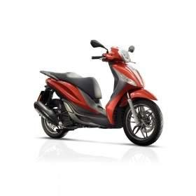 Sepeda Motor Piaggio Medley S ABS