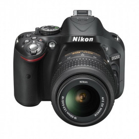 DSLR Nikon D5200 Kit 18-55mm