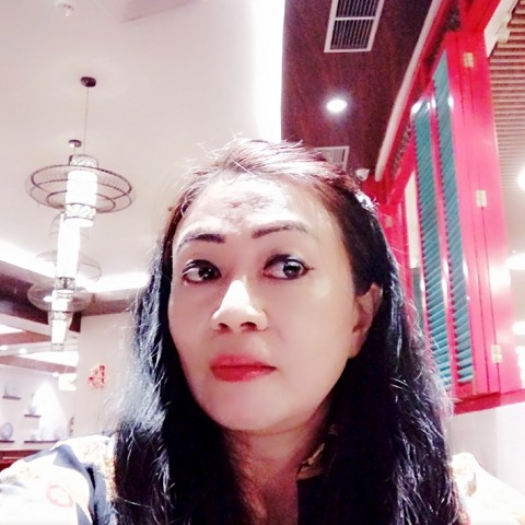 Lucia Laniwati
